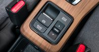 The driver can select from two Drive Mode options via a rocker switch situated in the centre console