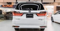 """Excellent fuel efficiency with the two-motor hybrid system """"e: HEV"""""""