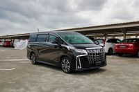 Certified Pre-Owned Toyota Alphard 2.5A SC Moonroof   Car Choice Singapore